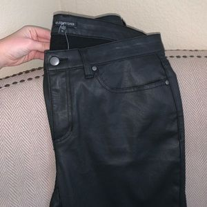 BRAND NEW Eileen Fisher coated jeans